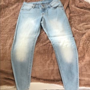 Old Navy SuperSkinny Mid-Rise Jeans Size 2 Regular